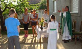 Prva sveta misa u Bijelom Brdu