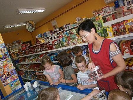 """Photo of DV Ribice u posjeti prodavaonici """"Tezga"""" Sarvaš"""