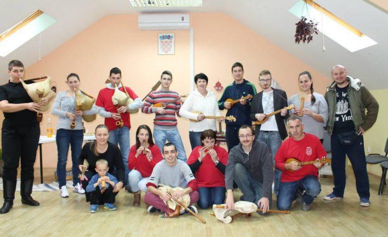 KUD SARVAŠ: Seminar sviranja tradicijskih glazbala
