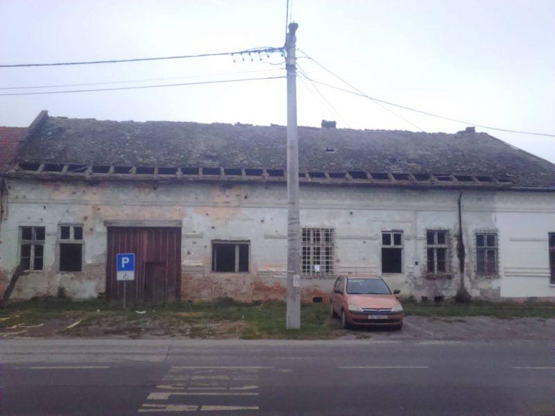Photo of Reakcija suvlasnika derutne zgrade u Sarvašu