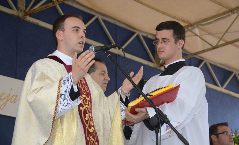 Obraćanje novog župnika Župe Rođenja sv.Ivana Krstitelja Sarvaš – MARIO BRKIĆ
