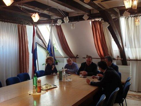 Photo of Gradsko vijeće podržalo obnovu infrastrukture u Sarvašu i Lijevoj obali