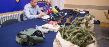 U Sarvašu uhićena dvojica osumnjičenika s 15 kilograma marihuane i oružjem